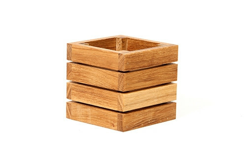 Oak linoil table caddy 15 x 15 x 15(h) cm